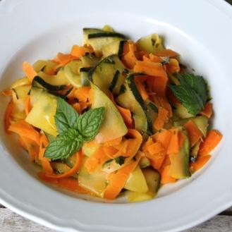 Porkkana-kurpitsatagliatelle