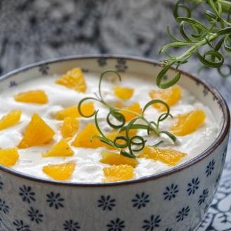 Appelsiinirahka rosmariinilla