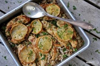 Sitruunakana maustetulla riisillä