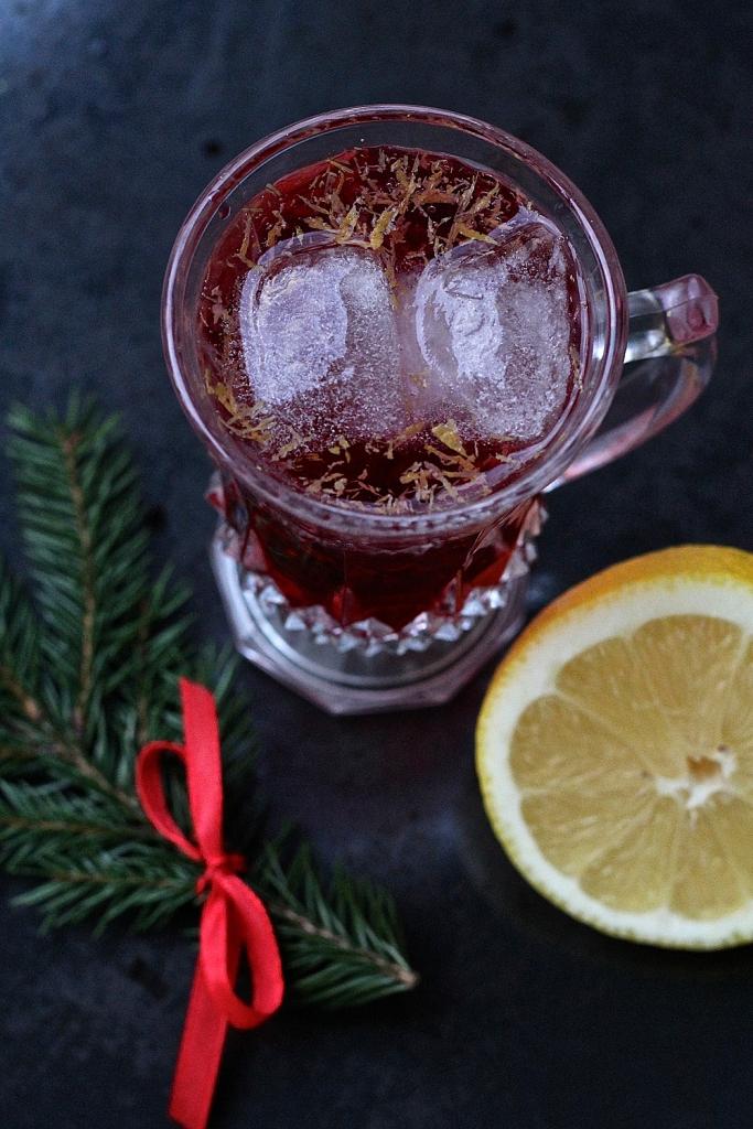 Raikas joulumocktail