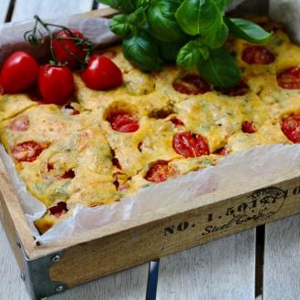 Tomaatti-basilikapalat